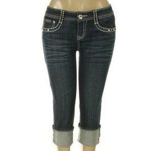 LA idol Cross Pocket Cuffed Capri Jeans